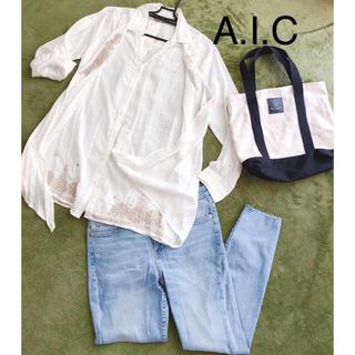 エーアイシー(A・I・C)の❇︎AIC❇︎2way刺繍白シャツ☆(シャツ/ブラウス(長袖/七分))
