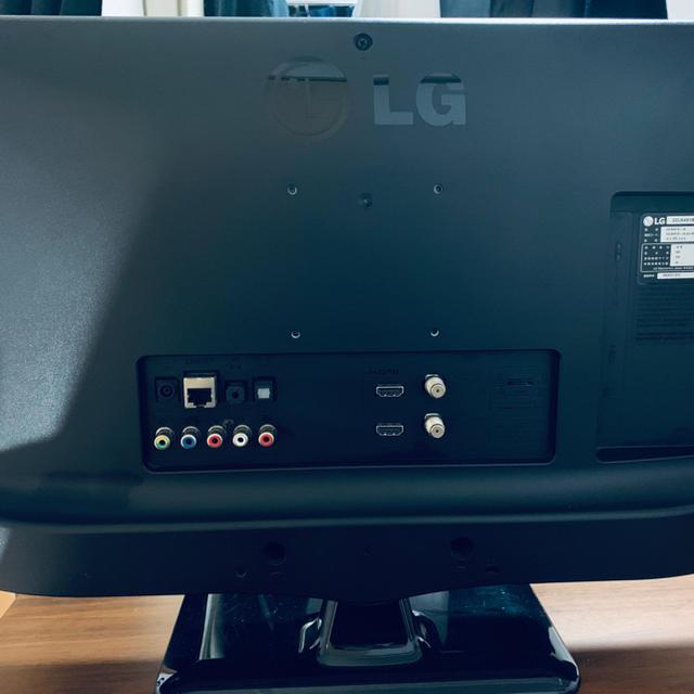 LG Electronics(エルジーエレクトロニクス)のLG 22型 テレビ TV モニター スマホ/家電/カメラのテレビ/映像機器(テレビ)の商品写真
