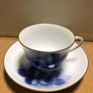 オオクラトウエン(大倉陶園)の大倉陶園 ブルーローズ カップ&ソーサー【ペア】(食器)