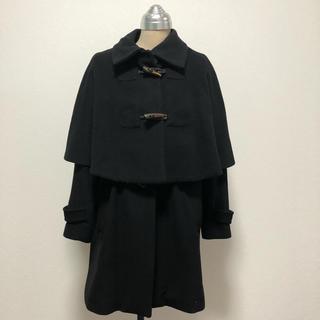 ミスティウーマン(mysty woman)のmysty woman ケープポンチョ付きロングコート  ブラック(ロングコート)
