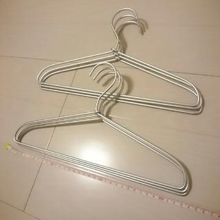 ムジルシリョウヒン(MUJI (無印良品))のアルミ洗濯用ハンガー×6本(押し入れ収納/ハンガー)