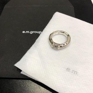 イーエム(e.m.)のe.m. シルバーリング 【美品】(リング(指輪))