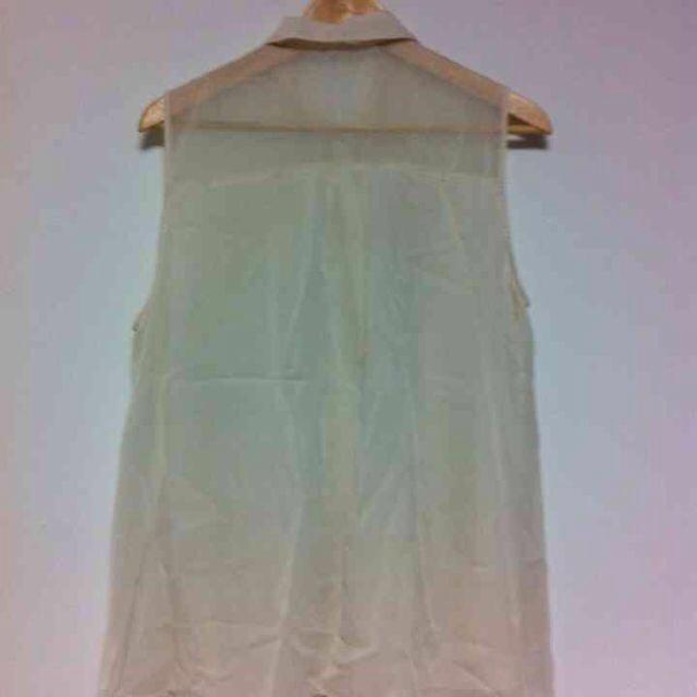 GU(ジーユー)のGU★シースルーブラウス★XL レディースのトップス(シャツ/ブラウス(半袖/袖なし))の商品写真