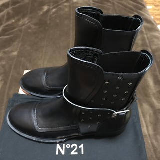 ヌメロヴェントゥーノ(N°21)の【今週末発送可能】N°21 ブーツ(ブーツ)