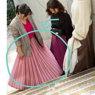 フレイアイディー(FRAY I.D)のサテンカラープリーツスカート(ロングスカート)