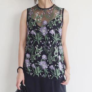 マメ(mame)のmame kurogouchi 刺繍 ノースリーブ ブラウス パープル 1 新品(シャツ/ブラウス(半袖/袖なし))