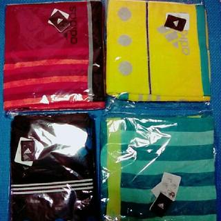アディダス(adidas)のスポーツタオル4枚(タオル/バス用品)