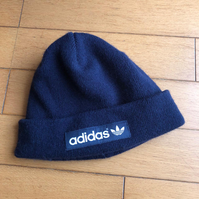 adidas(アディダス)のadidasニット帽 レディースの帽子(ニット帽/ビーニー)の商品写真