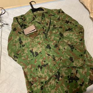 自衛隊 戦闘服 上下セット レプリカ 状態良好(戦闘服)