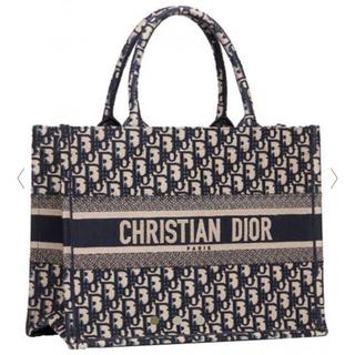 クリスチャンディオール(Christian Dior)の3/6発売 新品未使用 Dior ブックトート ミニ ブルー(トートバッグ)