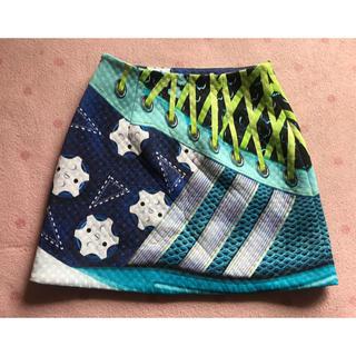 アディダス(adidas)の週末セールadidas × MARY KATRANTZOU スニーカー柄スカート(ひざ丈スカート)