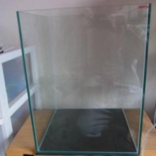 エーハイム(EHEIM)のEHEIM 30センチキューブハイ水槽(アクアリウム)