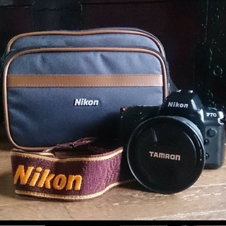 ニコン(Nikon)の一眼レフNikon F70+TAMRONレンズ+カメラバッグセット(フィルムカメラ)