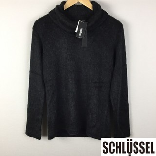 シュリセル(SCHLUSSEL)の新品 シュリセル タートルネックニット ブラック サイズ2 タグ付未使用品(ニット/セーター)