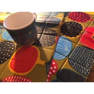 マリメッコ(marimekko)のマリメッコ ランチョンマット カップ(キッチン小物)