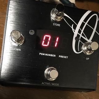 One Control Gecko MIDIコントローラー(ケーブル付き)(MIDIコントローラー)