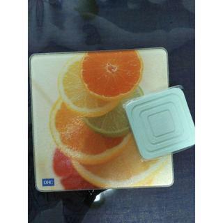 ディーエイチシー(DHC)のDHC/オリジナルガラス製カッティングボード&珪藻土コースター【非売品】(テーブル用品)