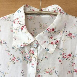 ドゥファミリー(DO!FAMILY)のドゥファミリー  フラワー模様 長袖コットンシャツ サイズM(シャツ/ブラウス(長袖/七分))