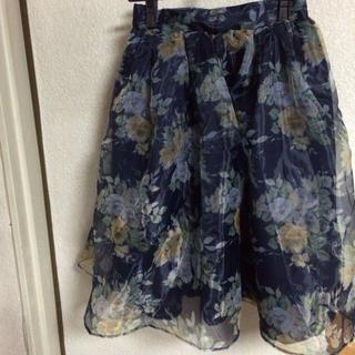 ダズリン(dazzlin)の2015♡花柄スカート(ひざ丈スカート)