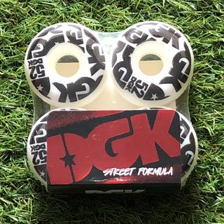 ディージーケー(DGK)のDGK 52mm ハードウィール(スケートボード)
