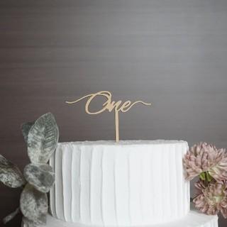 フランフラン(Francfranc)のケーキトッパー one 一歳 アニバーサリー 記念日 誕生日 飾り 木製(その他)