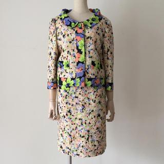 モスキーノ(MOSCHINO)のMOSCHINO 花柄ツイードセットアップ(スーツ)