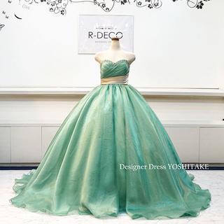 ウエディングドレス(パニエ無料) グリーンオーガンジードレス/上半身ビーズ 披露(ウェディングドレス)