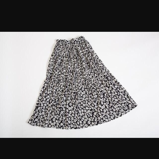 しまむら(シマムラ)のプチプラのあやさん着用☆しまむら☆小花柄プリーツスカート☆ケシプリーツスカート レディースのスカート(ロングスカート)の商品写真