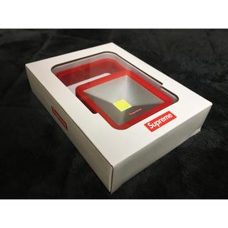 シュプリーム(Supreme)のSupreme Magnetic Kickstand Light シュプリーム(テーブルスタンド)