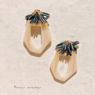 u様専用 -white sea anemone- イヤリング変更(イヤリング)