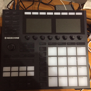 Native Instruments Maschine3(MIDIコントローラー)