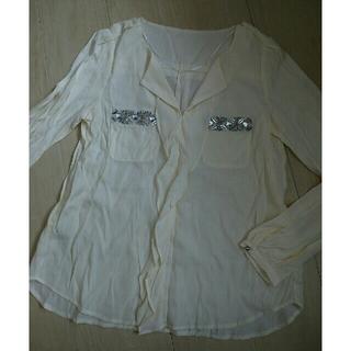 ジーユー(GU)のGU ジーユー キラキラ ビジュー ポケット シワ加工 シャツ風Tシャツ(Tシャツ(長袖/七分))