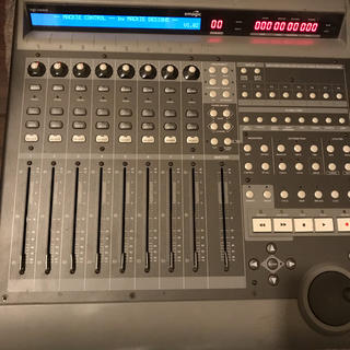 Mackie Control 1.02 一部難あり(MIDIコントローラー)