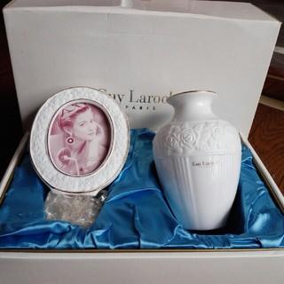 ギラロッシュ(Guy Laroche)のGuy Laroche フォトスタンド & フラワーベース 陶磁器 ギラロッシュ(置物)