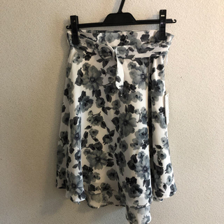 パウダーシュガー(POWDER SUGAR)の新品☆パウダーシュガー☆花柄スカート(ひざ丈スカート)