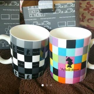 ディズニー(Disney)の2つ マグカップ ミッキー ミニー  ディズニー(グラス/カップ)