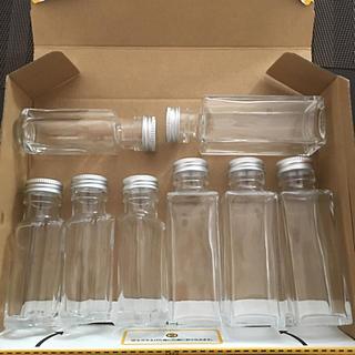 ハーバリウム瓶  四角4本 ハート4本  合計8本(各種パーツ)