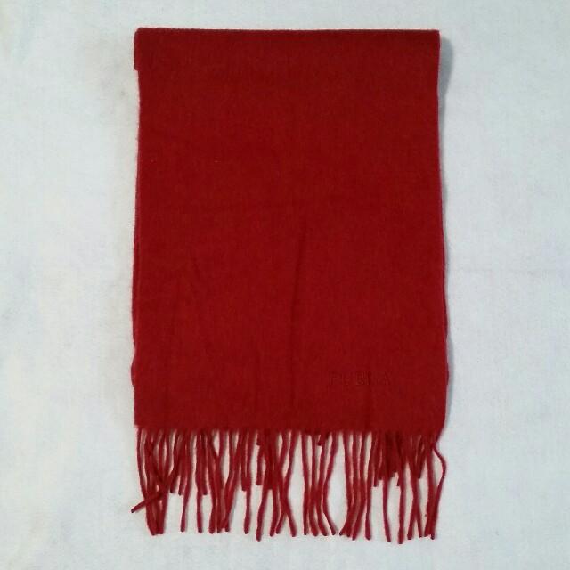a165ba7d51e5 Furla(フルラ)のマフラー ストール フルラ 赤 レディースのファッション小物(マフラー/
