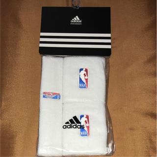 アディダス(adidas)のアディダス NBA リストバンド ヘアバンド(バングル/リストバンド)