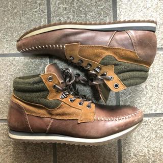 ザラ(ZARA)のZARA Leather MID Sneaker(スニーカー)