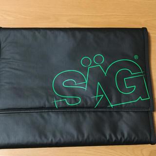 サグライフ(SAGLiFE)のMarlboro コラボ SAG PC収納ケース 新品未使用(ケース/ボックス)