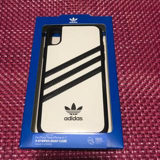 アディダス(adidas)の人気品薄✨アディダス iPhoneケース 【XR用】CL2330 スマホケース(iPhoneケース)