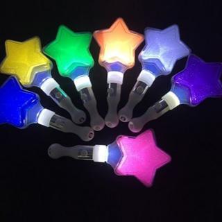 新品■オトクな2個セット♪星型ペンライト ライブ  黄緑白赤紫 コンサート(アイドルグッズ)