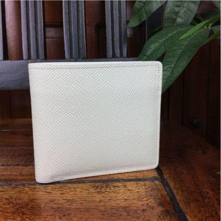 グローブトロッター(GLOBE-TROTTER)のグローブトロッター 二つ折り財布 ホワイト A90869 (財布)