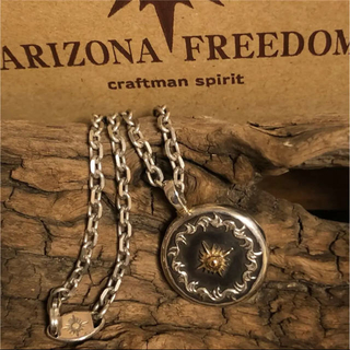 アリゾナフリーダム(ARIZONA FREEDOM)のアリゾナフリーダム  シルバー925 K18 ネックレス 【美品】(ネックレス)