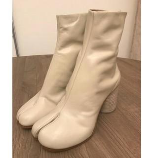 マルタンマルジェラ(Maison Martin Margiela)の新品 メゾンマルジェラ 定番タビブーツ 36 オフホワイト(ブーツ)