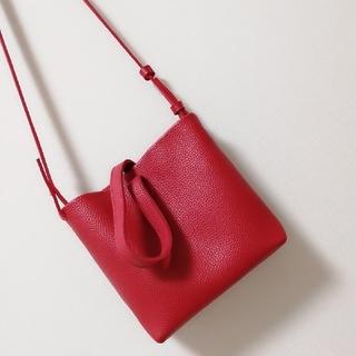 ノーブル(Noble)の赤いバッグ♡ポシェット♡Noble♡Plage♡ZARA♡IENA♡H&M(ショルダーバッグ)