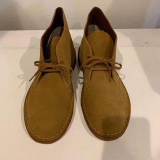 クラークス(Clarks)の新品未使用 クラークス デザートブーツ キャメル アンバーゴールド 26.5cm(ブーツ)