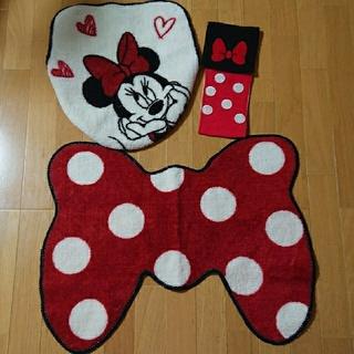 ディズニー(Disney)のミニーちゃんトイレマット3点セット(トイレマット)