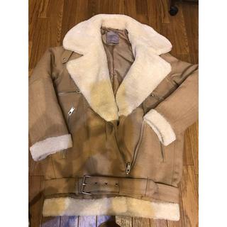 ザラ(ZARA)の ZARA ボアジャケット(毛皮/ファーコート)